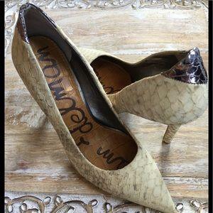 Sam Edelman snake skin heels. Size 6.